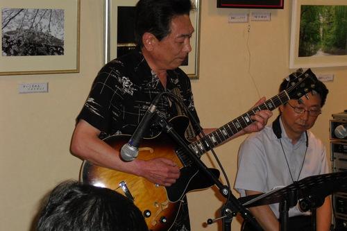 2011787.JPG