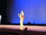 藤間知枝(藤友会)が、ドンパルで「長唄新曲・ほたる狩り」を踊りました。