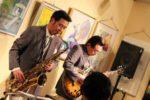 飯塚雅幸が画廊ブランカ超満席の「ばんげパーティ」に出演しました。