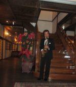 飯塚雅幸が昨年「国指定有形文化財」旅館「平源」で演奏した時の「美空ひばり」さん宿泊の料理壺です。