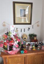 飯塚雅幸&藤間知枝自宅の玄関が久々に「美しい花かご」が飾られました。
