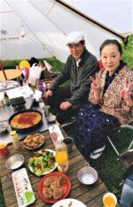 藤間知枝の日本舞踊稽古場・庭にテントを設営し「娘孫の21歳」「母の日」を家族で祝いました。